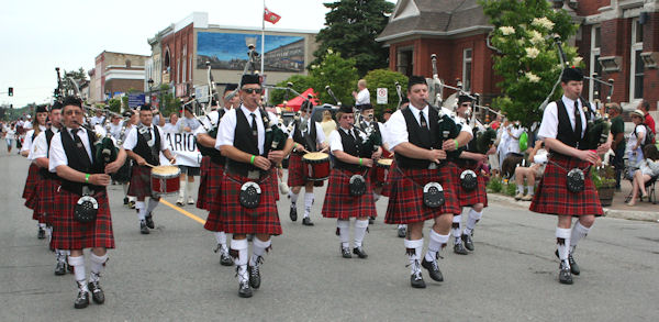 Kincardine Pipe Parade